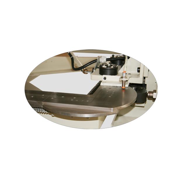 FB6 床垫缝纫围边机